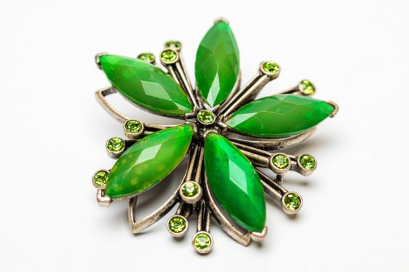 Брошь - зелёная звезда