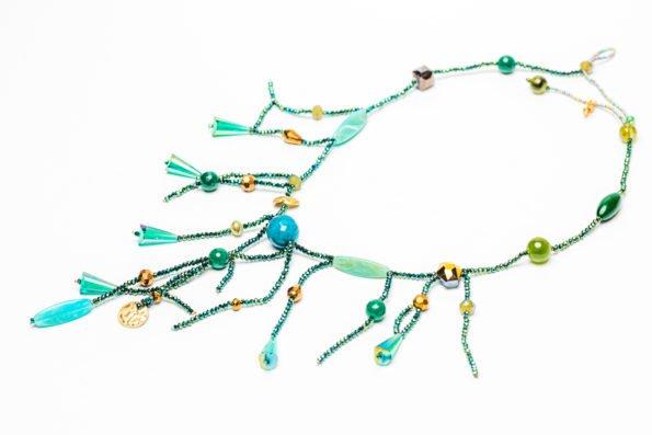 Ожерелье - изумруды моря