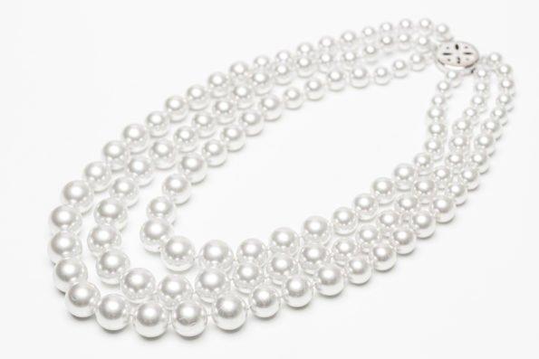 Ожерелье три жемчужные нити