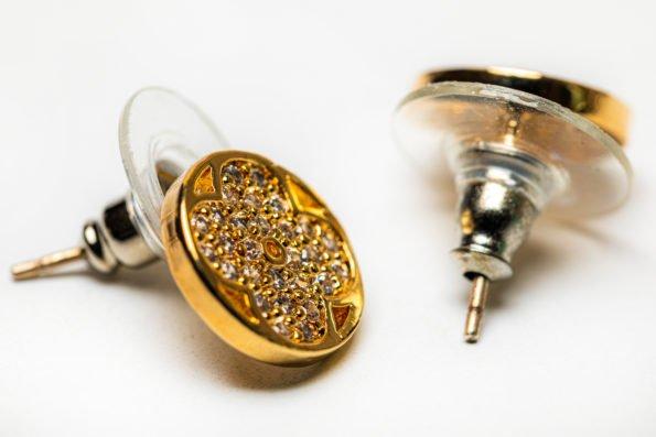 Серьги-гвоздики золотой круг
