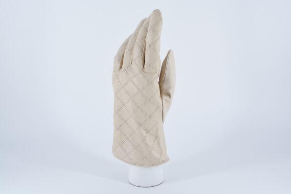 Перчатки с отстрочкой