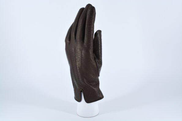 Перчатки с перфорацией
