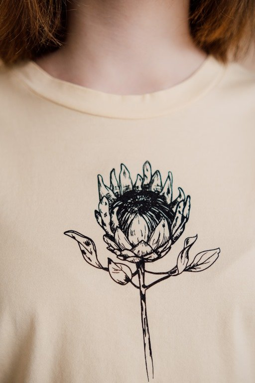 Майка укороченная с цветком